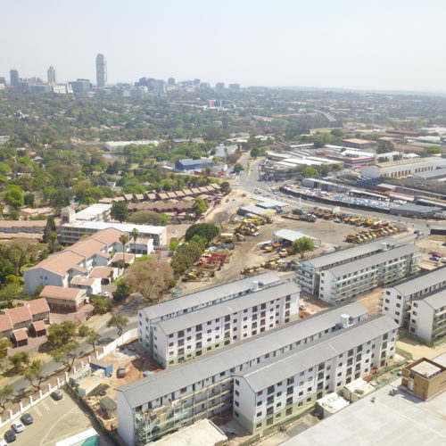 Park Place Apartments Lynwood: HB Realty / Residential Property Developer