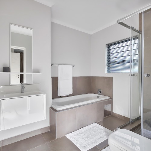 7 on Middle Showhouse - HB Realty (15)
